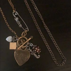 Set of two juicy couture necklaces